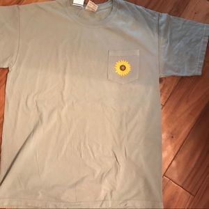 Grey/green oversized tee with sunflower detail